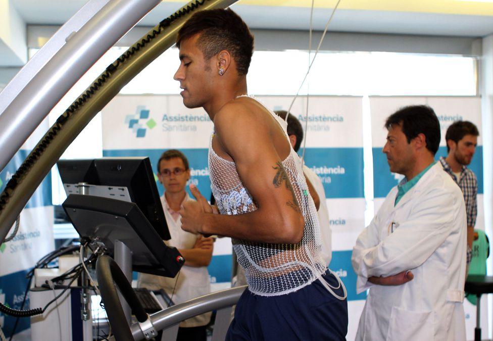 futbolista corazon chequeos medicos